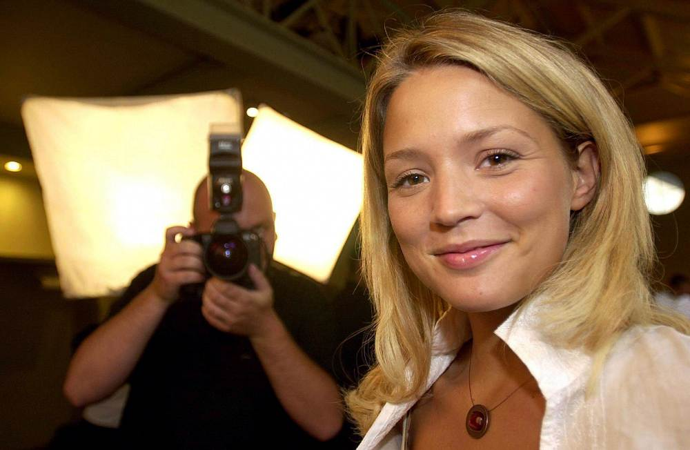 1_Club_RTL_s_Virginie_Efira_who_will_prese_20_08_2002_2_